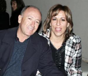 Alberto Carrillo y Nenabel González.