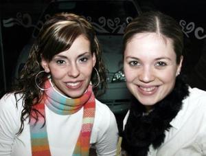 <b>06 de enero de 2005</b> <p>  Sabina Rubio y Norma Hernández.