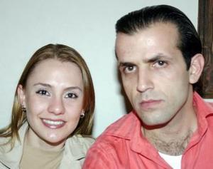 <b>07 de enero de 2005</b> <p>  Zoyla Valdés y Miguel Batarse.