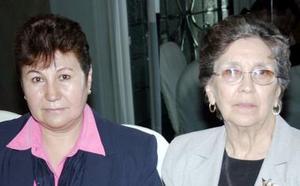 Josefina  Olmos Muñoz y Refugio  Franco
