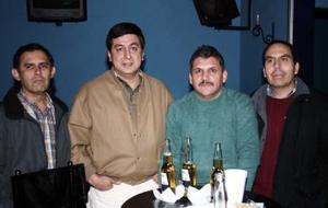 Jorge Luis Ibáñez, Horacio Guerrero Rangel, Jospe Luis Obregón y José Guillermo Hernández captados en reciente convivio.