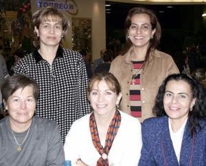 Lila López Norma de Calderón, Rosana Gutiérrez, Lili Gutiérrez,  y Martha de Armendáriz.