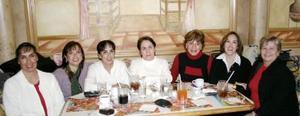 Sofia Cano, Bertha Castañeda, Ene de Ortíz, Luz Cano de Landeros, Chiquis G. de Torres, Chita Cano de Momox, Bibis R. de González.