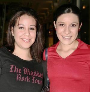 Astrid Solís y Adriana Rodríguez.