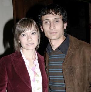 Frida Alicia Iduañate y Mario Hernández.