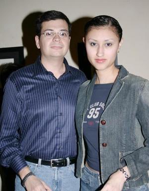 Alfredo Villalobos y Rose Cobos.