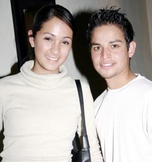 Hanny Hinojosa y Víctor Hernández.