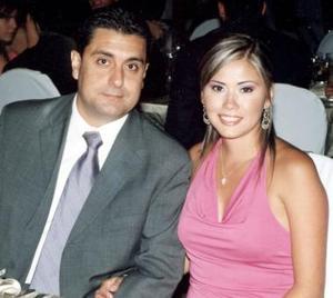Eduardo Anaya Kessler y Massiel M. de Anaya.