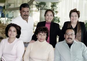 <b>11 de enero de 2005</b> <p>  Nidia Delgado, Rosy Dovalli, Leonel Castellanos, Pascual Cruz, Mary Carmen de la Cruz y Marta Ceniceros.