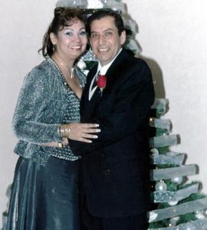 Jesús Ochoa y Ana María Valdés López celebraron  su aniversario de bodas