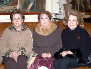 Nora de Madrazo, Banchis  de González y Conchita de Borrego.
