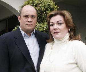 <b>11 de enero de 2005</b> <p>  Ricardo Lozano y Beatriz de Lozano.