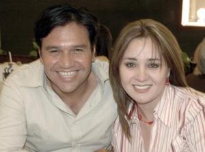 Fernando Segovia  y Laura Estrada.