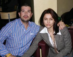 <b>13 de enero de 2005</b> <p> Eddy y Lucy  Gama.