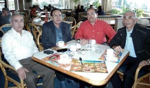 <b>13 de enero de 2005</b> <p> Juan Llorens, Jorge  Cantú, Jesús Reyes y Raúl Montalvo.