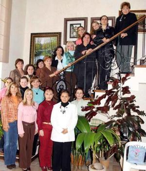 Integrantes del Club de Jardinería Cardenche