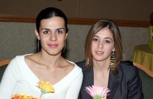 Elena Sáenz y Usua Belausteguigoitia.