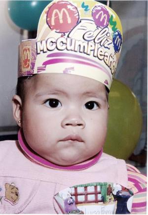 <b>15 de enero de 2005</b> <p> Luisa Fernanda Figueroa disfrutó de un ameno convivio el día de si fiesta por su cumpleaños número uno.