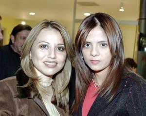 Alejandra Arellano y Estivaly Trigo.