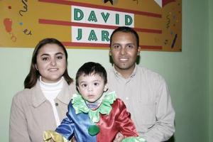 Jorge Alberto Ceniceros Huerta y Perla Patricia Rodríguez Carreón festejaron a su pequeño David Jared Ceniceros Rodríguez.