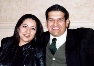 Liliana  Barrios y Carlos  Navarro, en pasado acontecimiento social