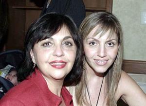 <b>17 de enero de 2005</b> <p> Magdalena de Abularach y Scarlett de Franco