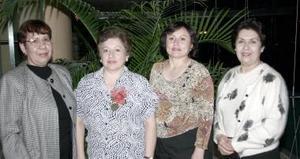 María del Socorro Sánchez fue festejada por su cumpleaños,  con un convivio  que le prepararon sus amigas.