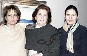 María Eugenia García, María Matilde Valadez y Leticia García..jpg