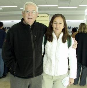 Maricela Ramos viajó a Puerto Vallarta y fue despedida por Federico  Ramos Salas.