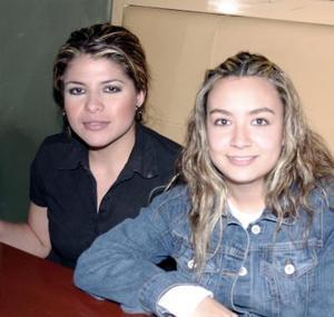 <b>18 de enero de 2005</b> <p> Teresa Rosales y lizuli Sánchez.