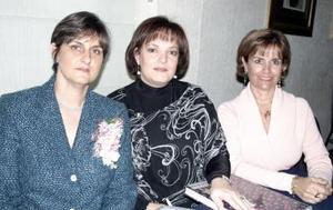 Marycarmen de Sesma, María Fernández y Ana  Mary de Fernández.