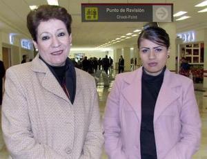 Agnas Vargas y Verónica Zamora González viajaron a la ciudad de México