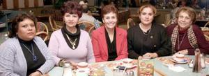 Mary de Piña, Pily de García, Tina Cossío, Mary Carmen de Sandoval y Lucy de Moreno