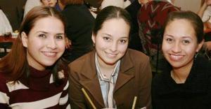 Evelin Padilla, Liliana  Vázquez Y Paloma Silva.
