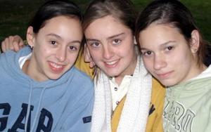Laura Córdoba, Paulina Teele y Brenda Humphrey