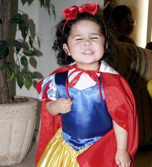 Azul Ayala Salgado, captada en recinete convivio infantil.