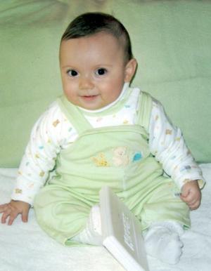 Carlitos Barretero López; es hijo de Carlos  Barretero Castro y Lucia López de Barretero.
