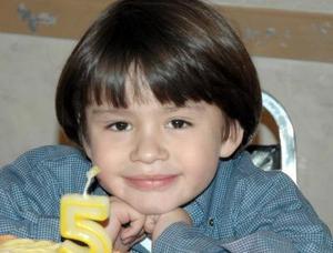 Felipe Cortez Torres disfrutó de una divertida fiesta, con  motivo de su quinto cumpleaños.