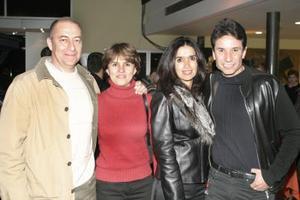 Gerardo Ayup, Astrid de Ayup, Laura de Hernández y Carlos Hernández