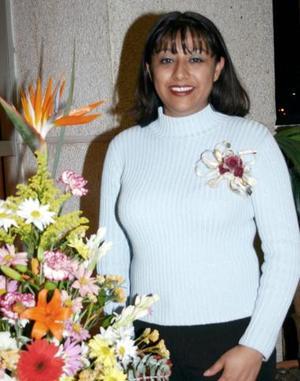 Alejandra Rangel  Gámez recibió sinceras felicitaciones, en el festejo pre nupcial  que le ofrecieron por su cercano enlace con Carlos Alberto García Padilla.