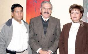 Francisco Castillo, Gerardo Ríos y  María Isabel Salcido.