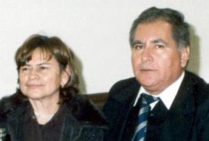 Joel González Escareño y María de la  Luz  Rodríguez de González.