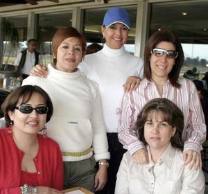 Matha de Bustos, Coco Rentería, Mate Cepeda, Malena Llama y Zaide Seáñez.