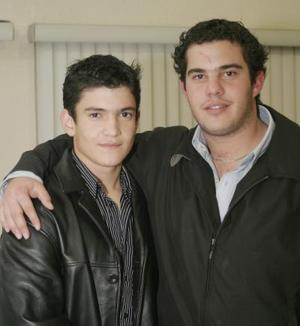 Carlos y Alejandro.