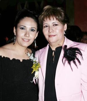 <b>26 de enero de 2005</b> <p> Mónica Talamantes Sánchez contraerá nupcias el 12 de marzo con José R. Hernández Ramos