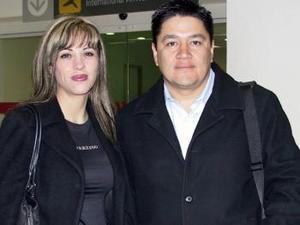 <b>27 de enero de 2005</b> <p> Salvador López y Jaqueline Shepard  viajaron al Distrito Federal.
