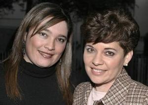 Rosalinda Ayup de Jiménez y su hija Rosalinda  Jiménez  Ayup.