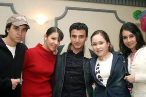 <b>26 de enero de 2005</b> <p>  Pavón, Mary Carmen, Napo, Gaby e Ileana