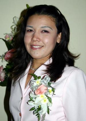 <b>28 de enero de 2005</b> <p>  Rebeca Guerrero Mora contraerá matrimonio con Juan Luis Villarreal  el próximo cinco de febrero, motivo por el cual disfrutó  de una despedida de soltera