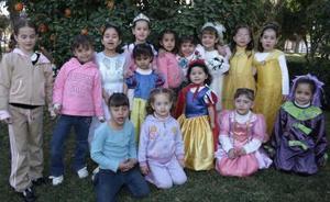 La pequeña Gaby Mendoza García celebró su cumpleaños con divertida reunión.